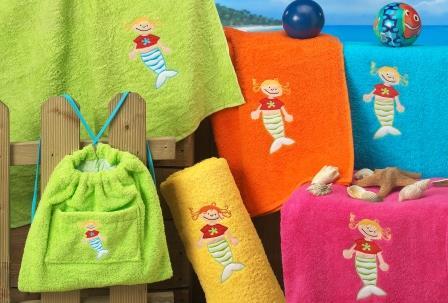 Toallas de playa infantiles